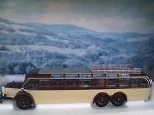 1:43  Classic Colection Mercedes  Benz  O10000  Bus