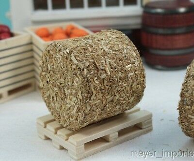 Round Haybales 2 Pieces 1:32 Scale