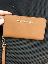 Michael Kors Brown Wristlet -brown-
