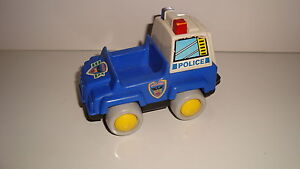 ANCIEN-VEHICULE-VINTAGE-NO-FISHER-PRICE-POLICE-10x7cm