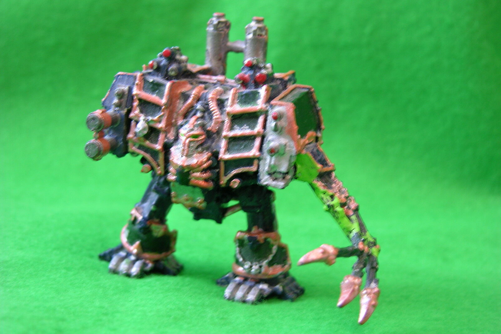 WH40K   CHAOS SPACEMARINE   DREADNOUGHT    PAINTED