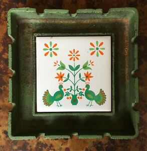 Vintage-CAST-IRON-and-Polychrome-TILE-ASHTRAY-Floral-amp-Rooster-Motif-Japan-CUTE
