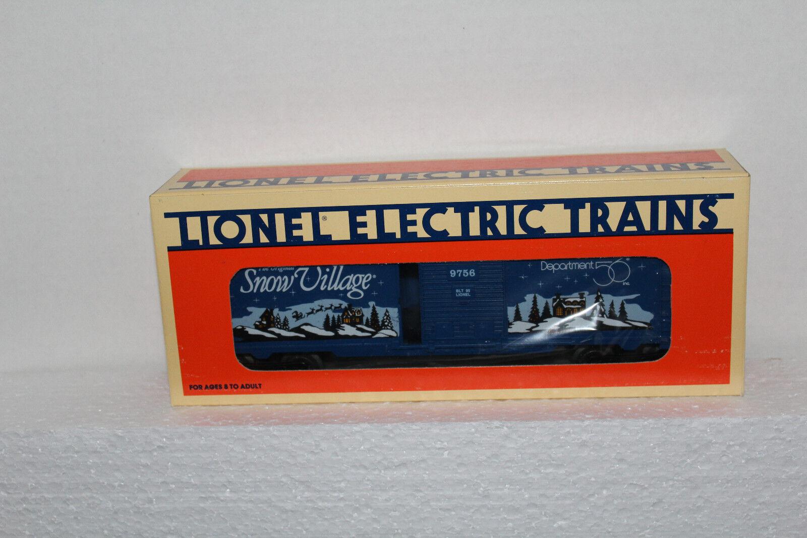 Lionel 52096 snow village boxcar