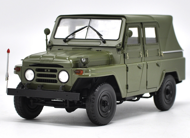 1/18 BeiJing Jeep original manufacturer ,Beijing 212 jeep alloy car model