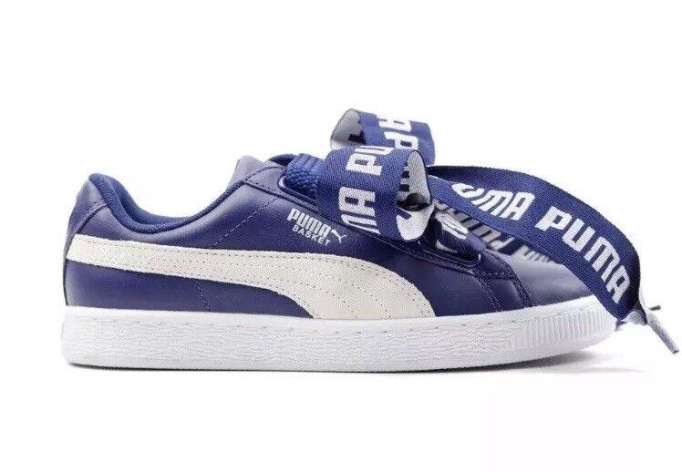 Puma Basket Heart Heart Heart DE donna's Trainers scarpe 364082 02 Navy blu bianca Dimensione 9 30015e