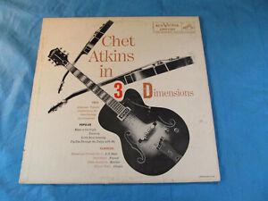 CHET-ATKINS-IN-3-DIMENSIONS-LPM-1197-BLACK-amp-WHITE-GUITAR-Original-1956-Vinyl-LP