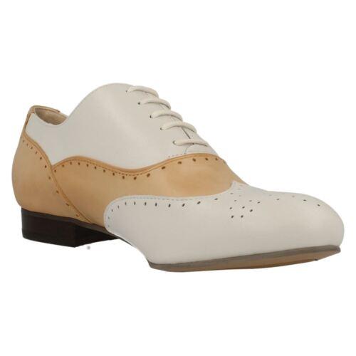 À Cuir Chaussures Élégantes Clarks Brogue Ennis Bas Lacets Plat Femmes Talon UY5Cwnq