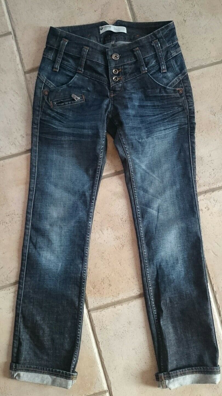 Freeman T Porter Jeans, Gr. 26, dunkelblau, neuwertig | Zu Zu Zu einem niedrigeren Preis  | Marke  | Zuverlässige Qualität  | ein guter Ruf in der Welt  | Günstigen Preis  4bf285