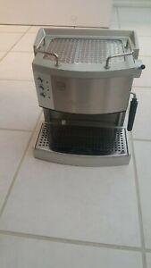 DeLonghi-EC-702-15-Bar-Pump-Espresso-Latte-and-Cappuccino-Maker