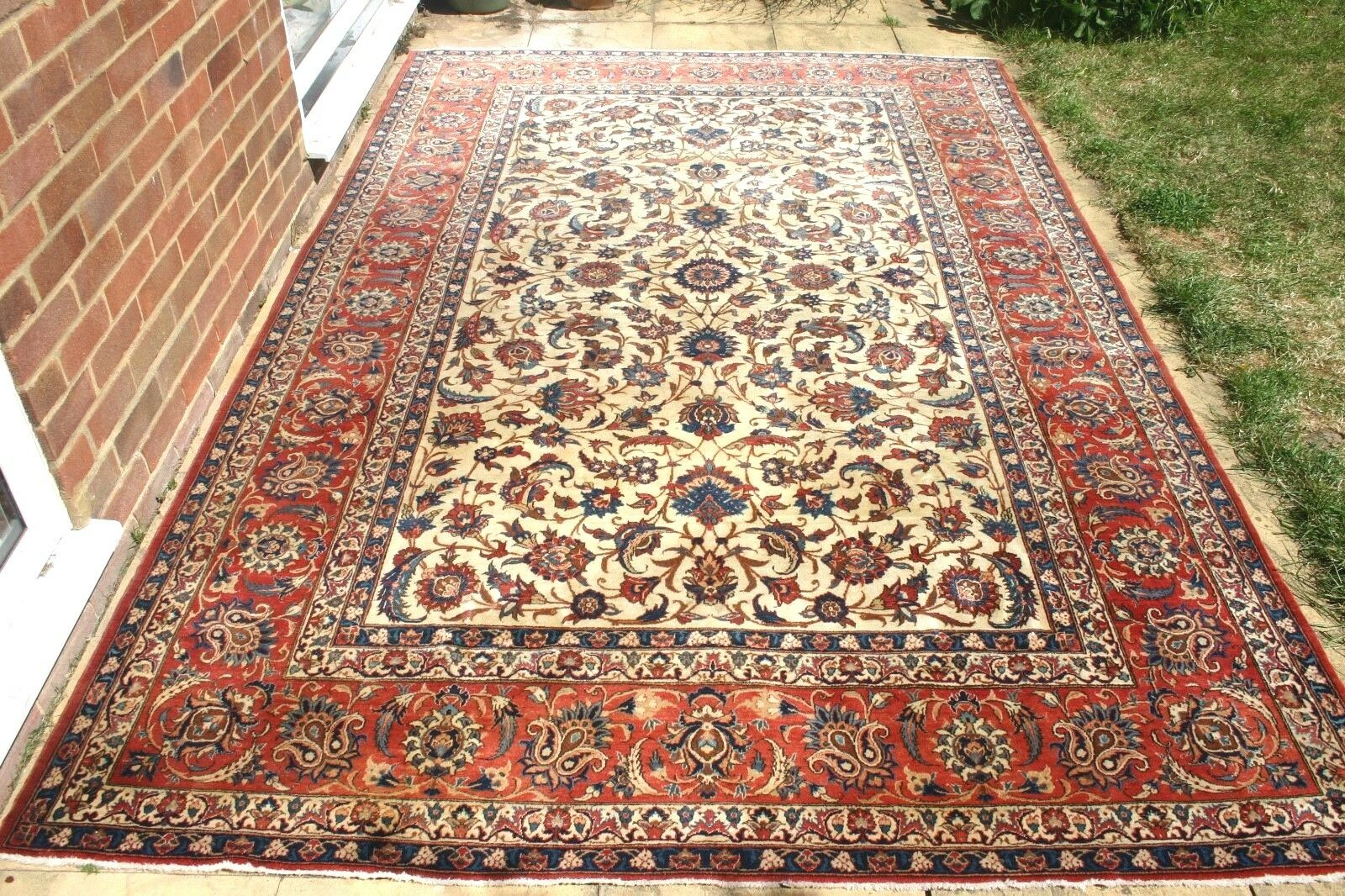 Antique Persian Isfahann Esfahann silk and wool hand knotted 330x 330x 330x 210 cm a5deb0