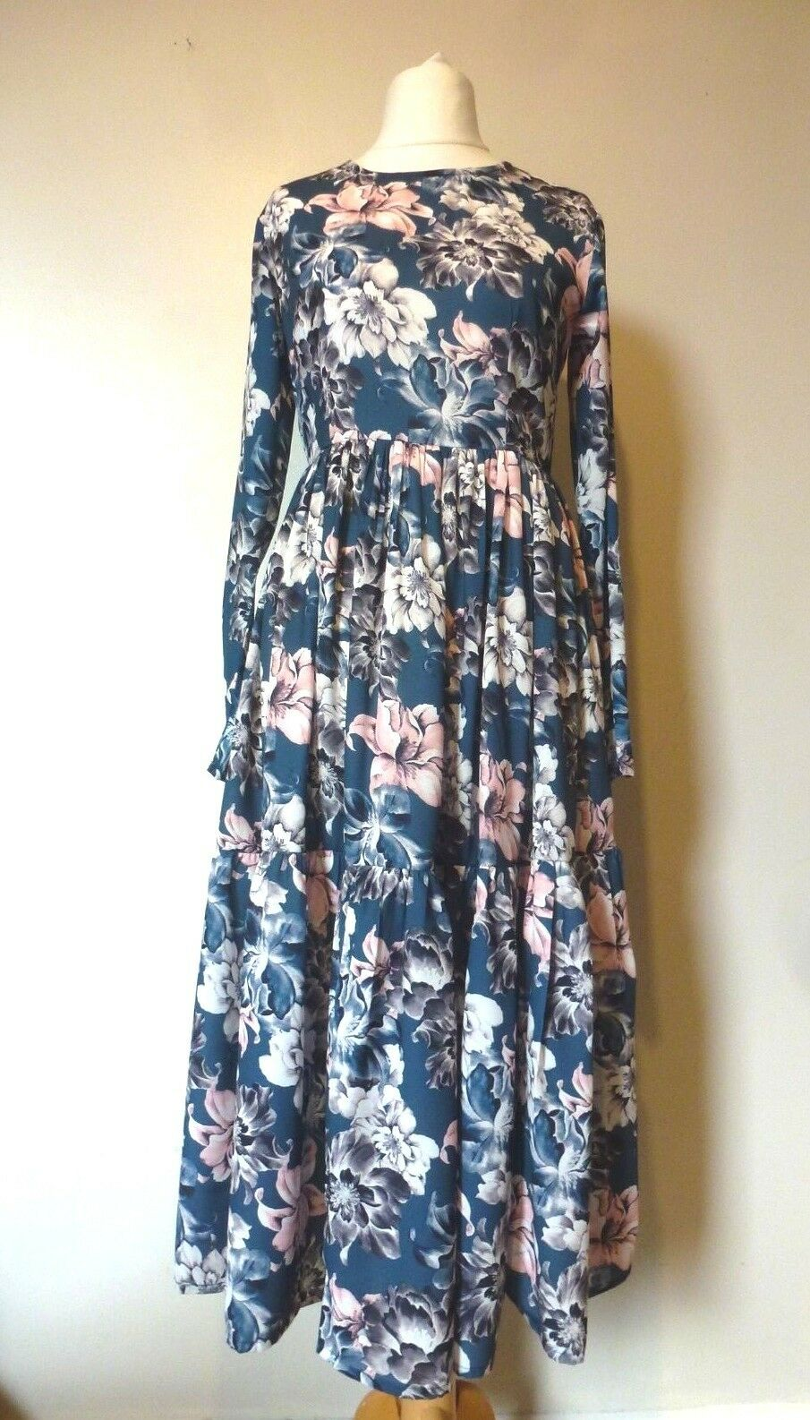 Lace & Beads Long Sleeve Floral Boo Dress Sizes 8 or 10 BNWT RRP  Navy