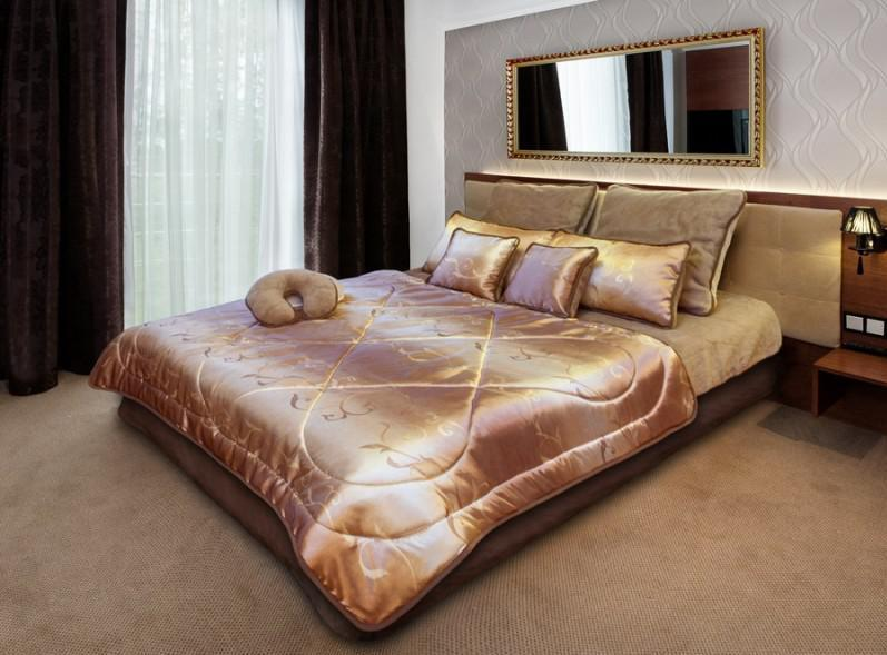 SALE  PREMIUM Gold BEDDING 100% MERINO WOOL Wool & SATIN  DUVET + PILLOWS 45x75