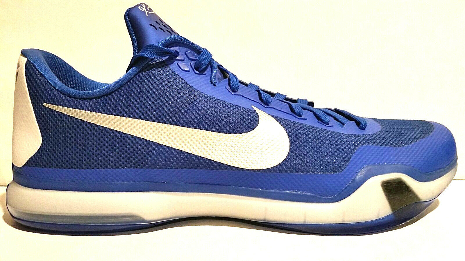 RARE SAMPLE NIKE KOBE X LOW GAME BLUE WHITE TB PE 18 813030-402 KENTUKY DUKE
