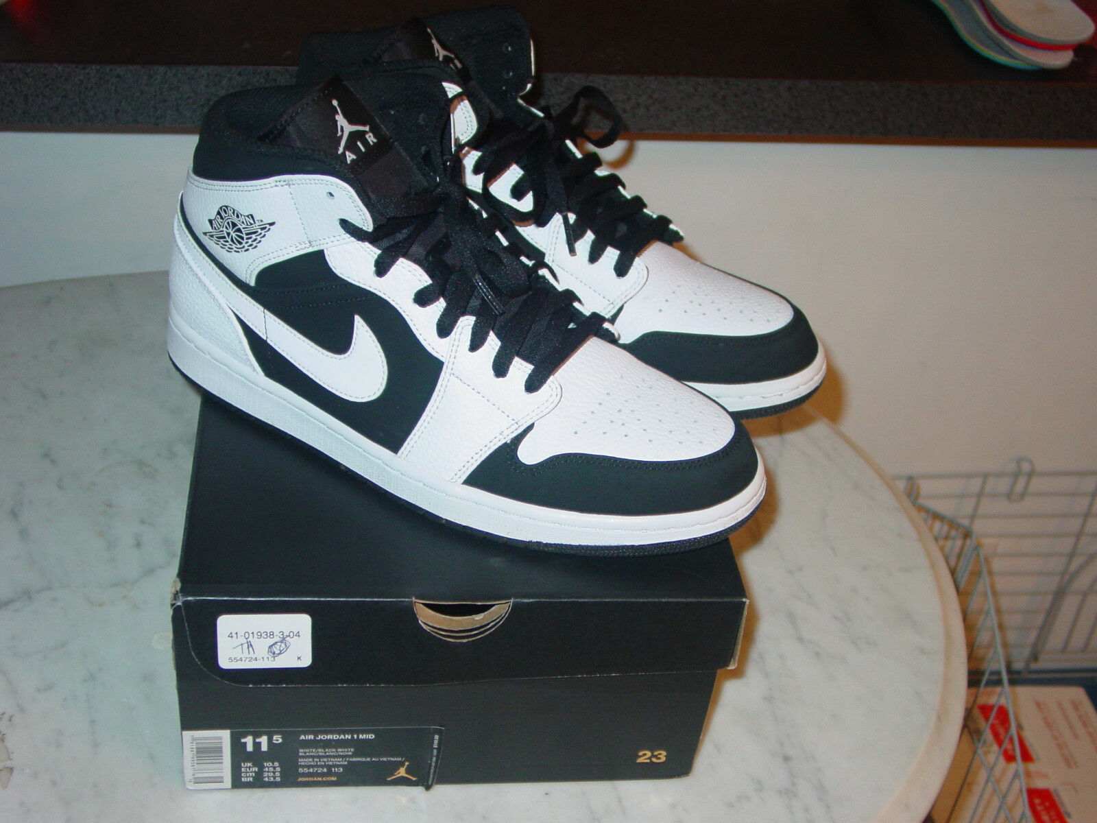 4b13432b5eb8aa 2018 Nike Air Jordan Retro 1 Tuxedo Black White Mid shoes Size 11 w Box
