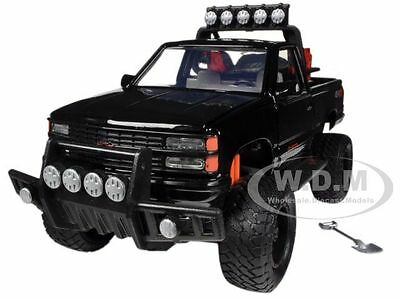 Box Damaged 1992 CHEVROLET 454 SS PICKUP TRUCK OFF ROAD 1/24 BY MOTORMAX 79134