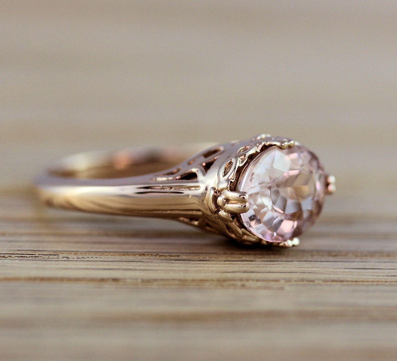 2.0 Carat Morganite Oval Shape Antique Pattern Ring In 14k pink gold