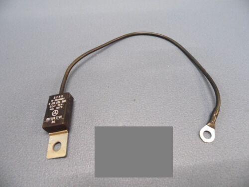 Condensateur 001 156 71 01 280 230 250 Mercedes-Benz berline w123-200