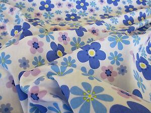 elfenbein-amp-blau-034-Hippie-Blumen-034-Blumenmuster-Aufdruck-Poly-Baumwolle-Stoff