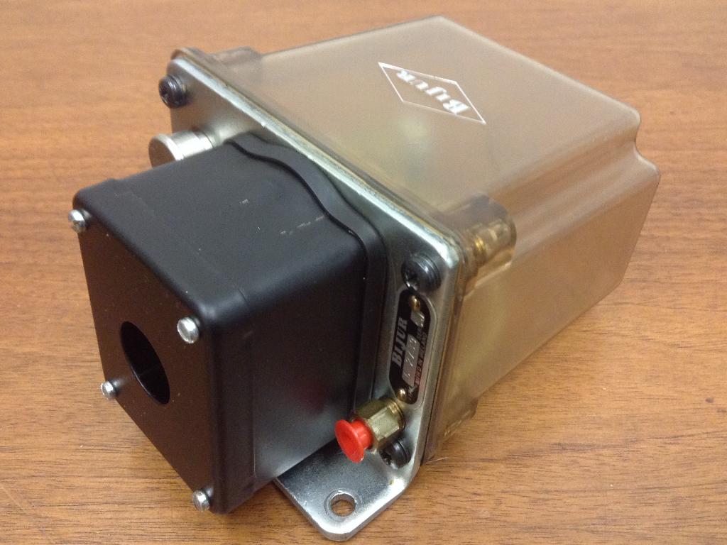 Bijur - Type C-2739 - Lubrificateur - Inutilisé Inutilisé - 885be7
