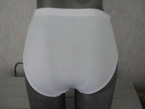 ladies lovely quality full knickers 9 pretty colours sizes 10 to 18