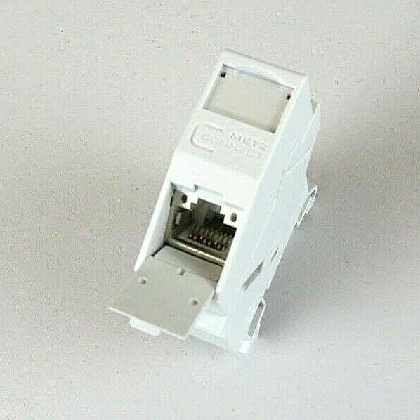 E-DAT Modul REG 8(8) Cat.6A bestückt mit RJ45 , Netzwerkdose für Hutschiene