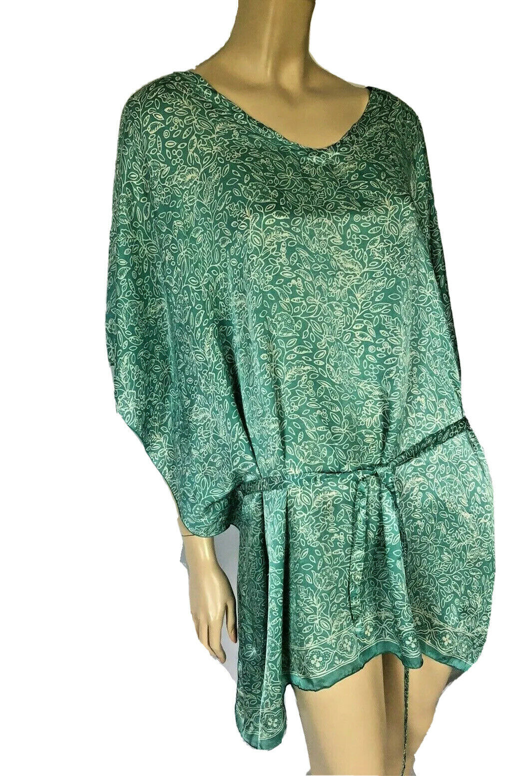 HAND MADE IN INDONESIA GREEN FLORAL PRINT SILK CA… - image 2