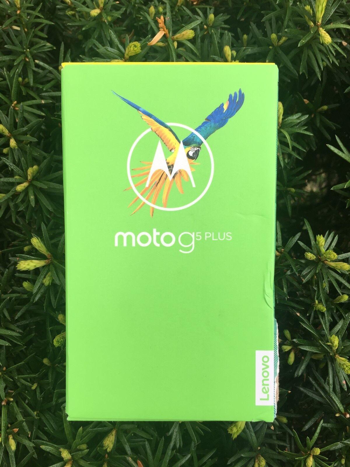 Motorola Moto G5 Plus 32GB UNLOCKED  Smartphone, Iron Gray NIB Sealed  Fast Ship