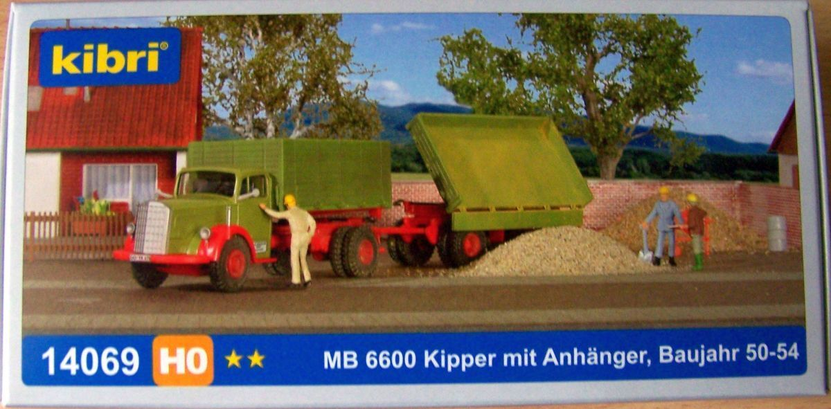 Kibri   Wiking H0 14069 Mercedes -Benz L 6600 Rastra con Remolque, grön   röd