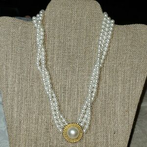 Vintage-3-Strand-16-034-Choker-Style-Faux-Pearl-Necklace-With-Pendant