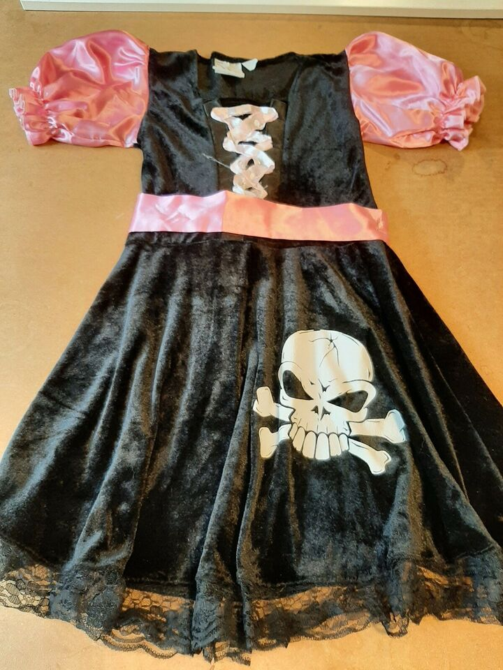 Udklædningstøj, Sød pirat pige