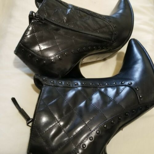 Burberry Black Ankle Boots 37