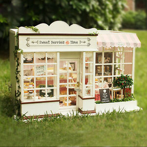 Wood-Dollhouse-Miniature-DIY-Kit-w-Light-Love-together-coffee-shop-amp-furniture