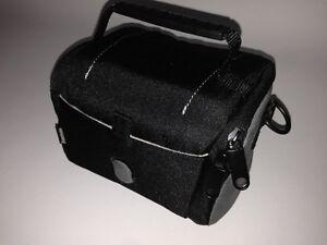 Hama-Kameratasche-Camcordertasche-Uni-100-schwarz-11881