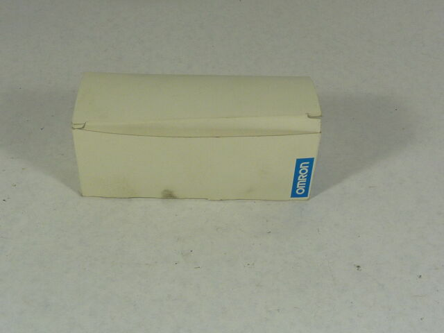 Omron E3S-BD61 Photoelectric Switch 12-24VDC  NEW