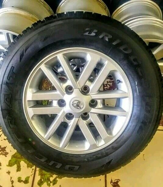 "17"" Toyota Hilux/Fortuner original mag with brand new 265/65/17 tyre to use for spare R2999."