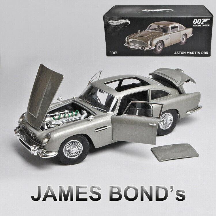 JAMES BOND (007 oroFINGER Movie) -Aston Martin DB5 caliente ruedas 1 18 auto modello