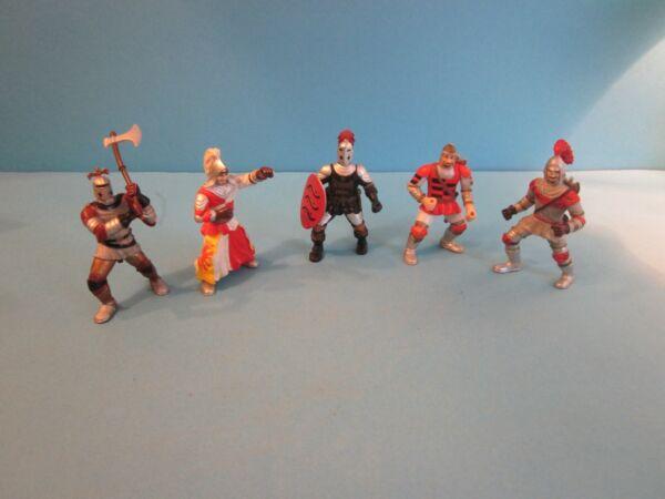 Elc. Giocattolo Di Plastica 5 Colori Dei Cavalieri In Rosso. Buone Condizioni.