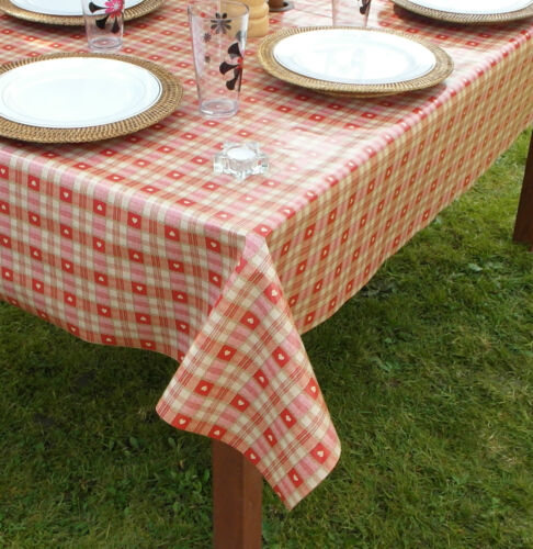 GARDEN 1.4x2.0m OBLONG RED HEARTS WIPECLEAN//PVC TABLECLOTH WITH PARASOL HOLE