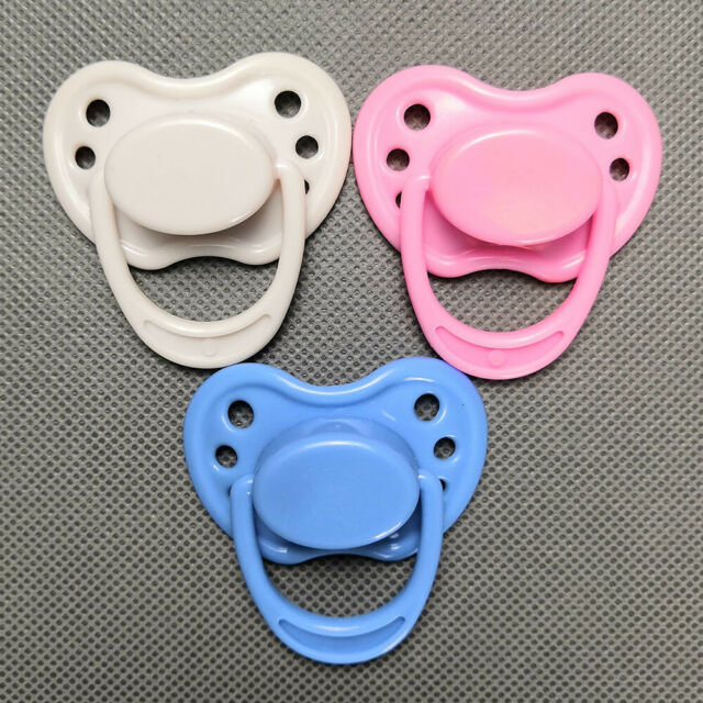 Girls Toys Mini Pacifier Magnetic Dummy for Reborn Baby Doll Accessories Vividly
