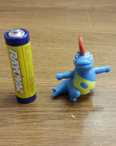 2nd Generation pokemon plastic figure Croconaw 1-2 Inches In U.S