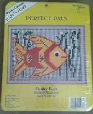New Berlin Co Kits for Kids Funky Fish Make-It-Yourself Plastic Canvas Kit NEW
