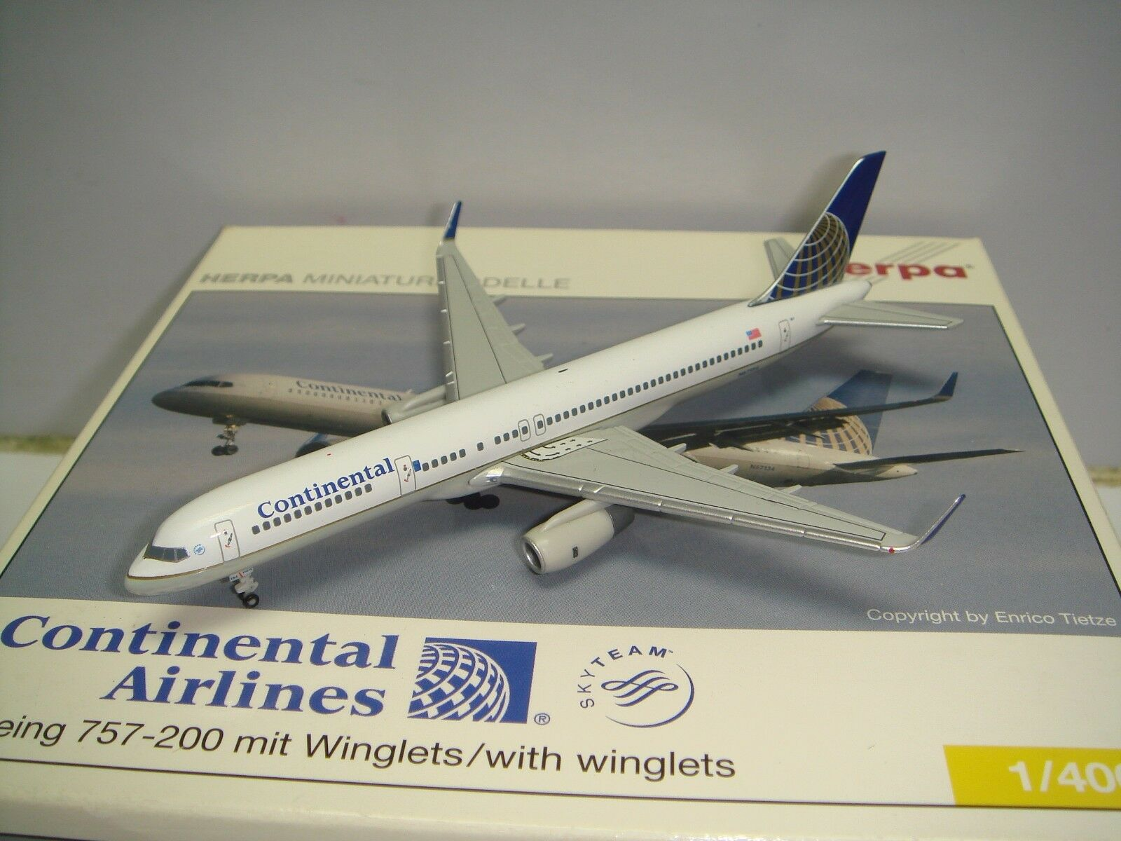 HERPA WINGS 400 Continental Airlines Co B757-200WL  1991 S couleur  1 400
