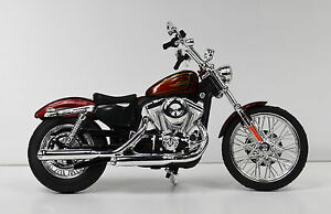 HARLEY-DAVIDSON-2012-XL-1200v-SEVENTY-TWO-Rosso-Vinaccia-Metallizzato-1-12-MODELLO-MOTO