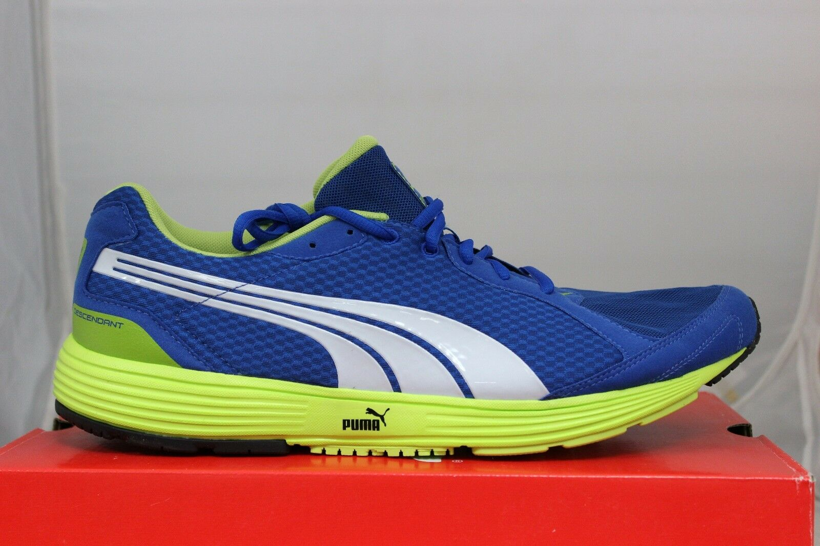 PUMA Descendant 18674816 bluee White Lime Punch New In Box
