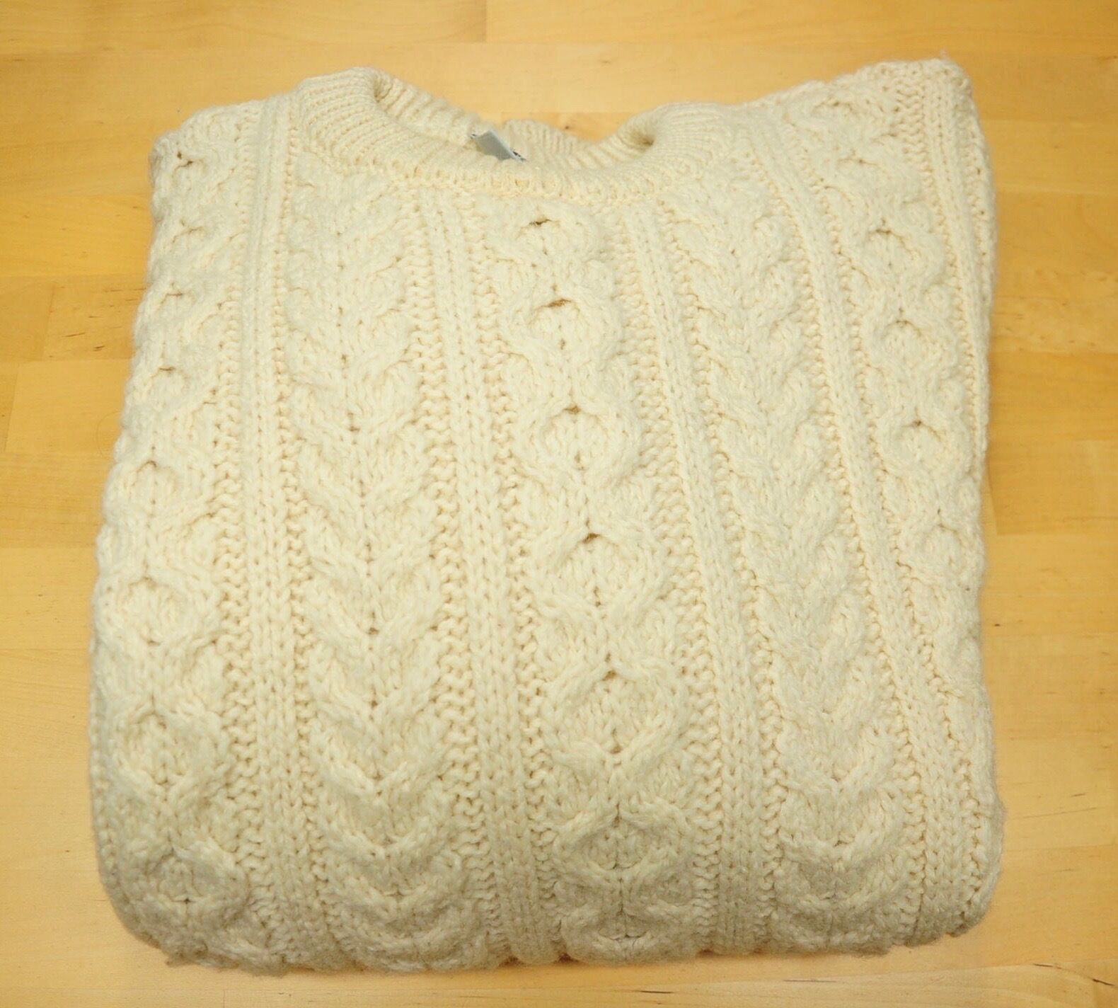 Vintage Cream Wool Cable Knit Fisherman Cottage Sweater Made in Ireland Medium
