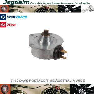 New-Jaguar-Rev-Counter-Generator-C14996