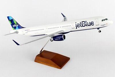 Skymarks SKR8321 JetBlue Airbus A321-200 Desk Display Model 1//100 AV Airplane