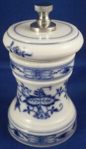 Meissen-Porcelain-Blue-Onion-Pepper-Mill-Porzellan-Pfeffermuhle-Zwiebelmuster-2