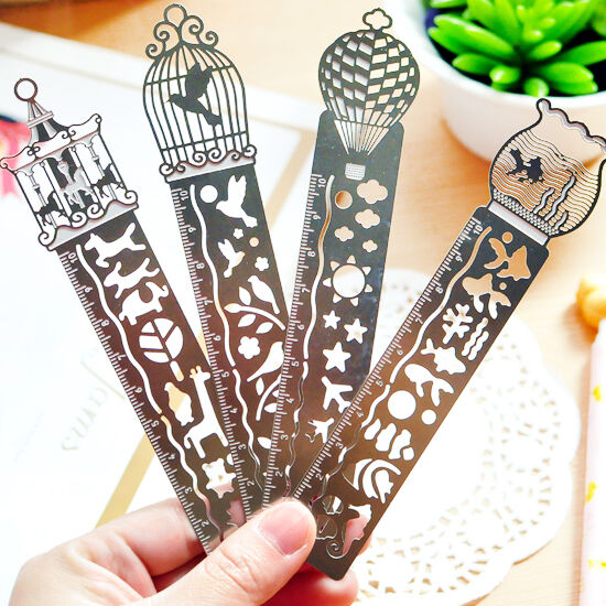 1PCS Paper Clips Ruler Shaped Metal Bookmarks Cute Bookmarks Random Fancy Design
