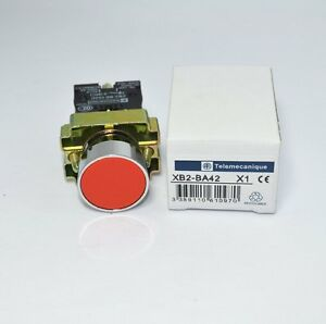 1 N//C Momentary Red Flush Pushbutton XB2-BA42